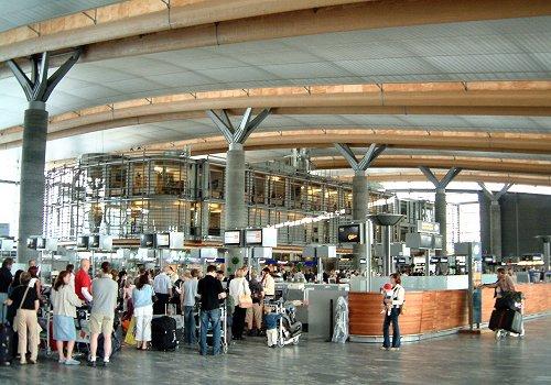 Norvegia: ForИ›ele de poliИ›ie vor patrula Г®narmate pe aeroportul internaИ›ional din Oslo