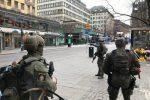 Premierul suedez nu exclude recurgerea la armată pentru a pune capăt violenţei organizate