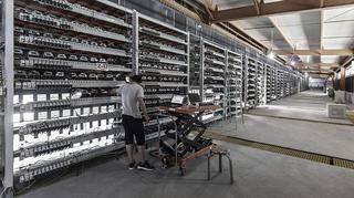 Islanda, tărâmul minerilor de criptomonede: Consumul de energie pentru activitatea de minare criptomonede îl depăşeşte pe cel al tuturor gospodăriilor din ţară