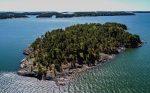 Insula pe care doar femeile au voie. O săptămână aici costă 3500 de dolari