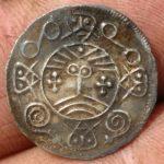 In Danemarca a fost gasita o comoară care conţine mai bine de 250 de monede