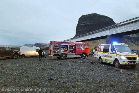 Islanda: Trei turişti au murit după ce maşina lor a căzut de pe un pod